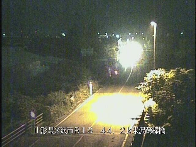 山形県米沢市米沢跨線橋国道13号